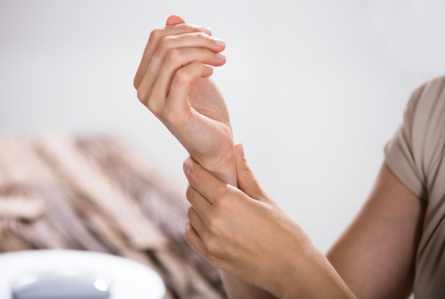 The benefits of using regenerative medicine for pain-related conditions.